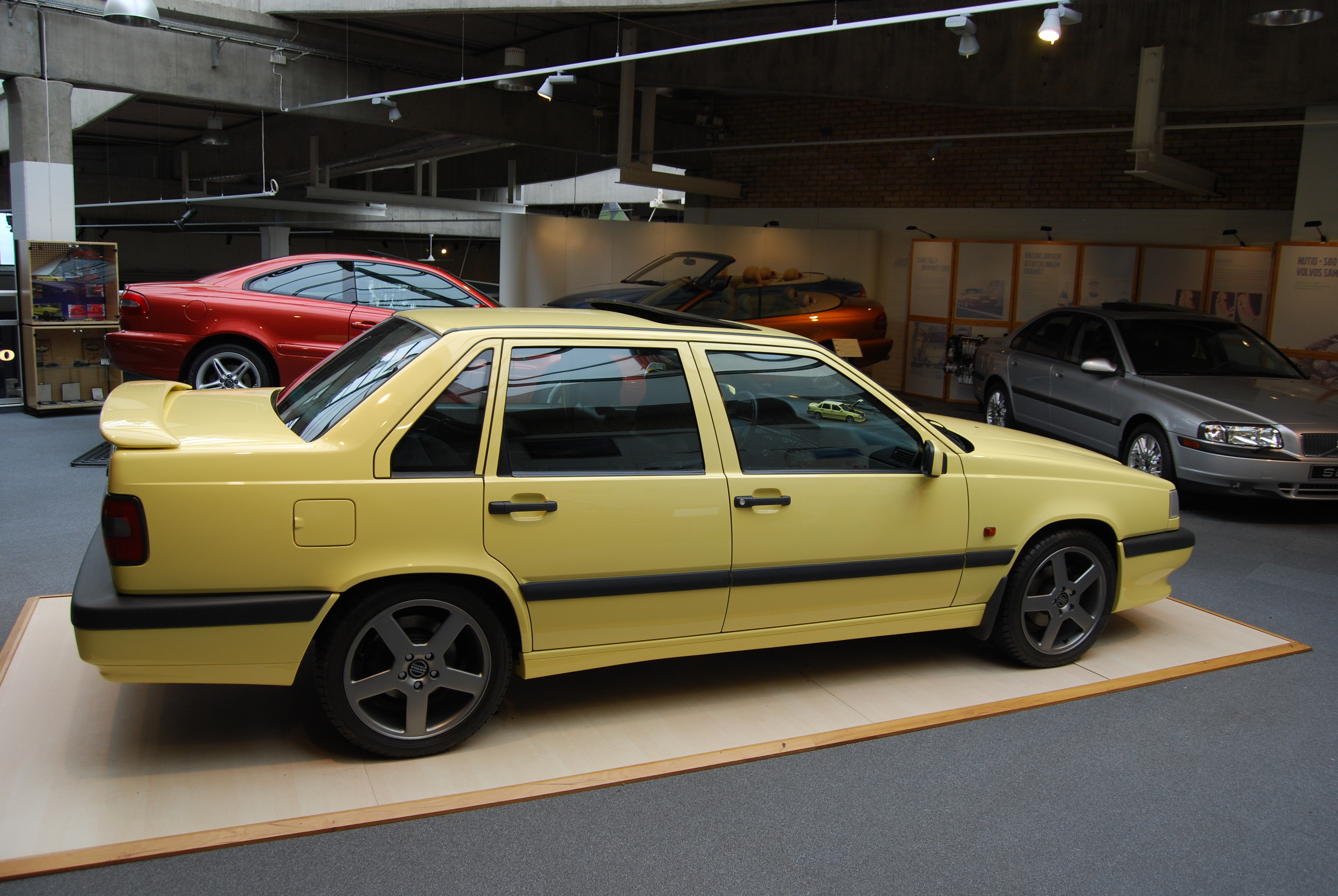 PDY 444 | Volvo850T-5R